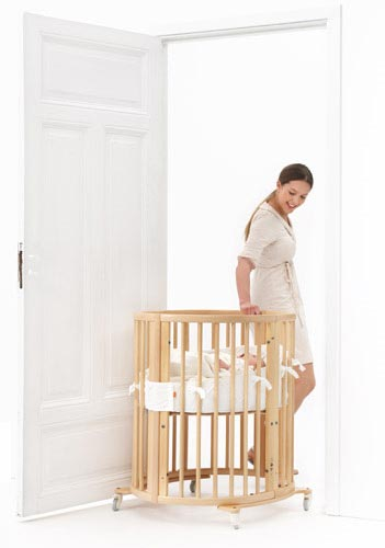 Stokke Sleepi Crib System - convertible and mobile to help new parents with growing babies